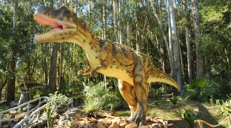 vale_dos_dinossauros_03.jpg